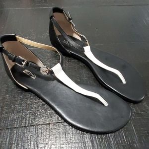 Like new Michael kors sandals. Size 9.5